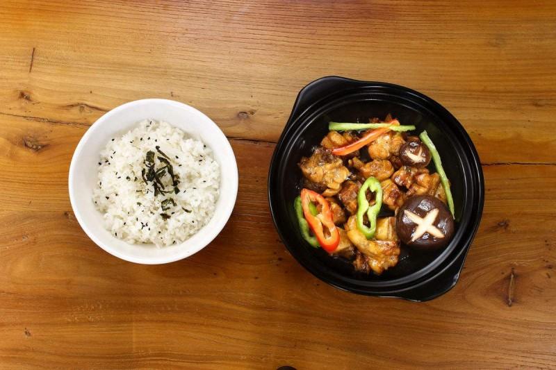 黄焖鸡米饭品类发展现状