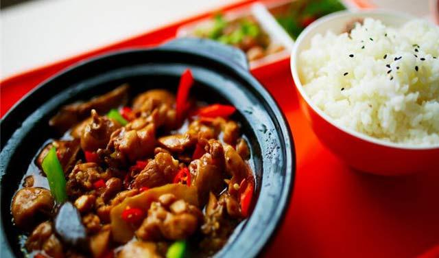 上吉铺黄焖鸡米饭加盟条件