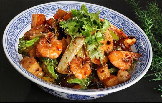 龙顺园麻辣香锅加盟条件